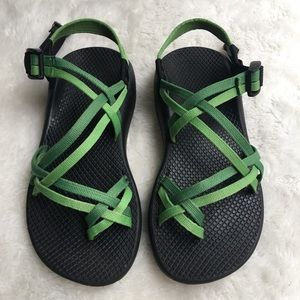 Chaco Womens ZX2 Wide Sandals Size 7 Green